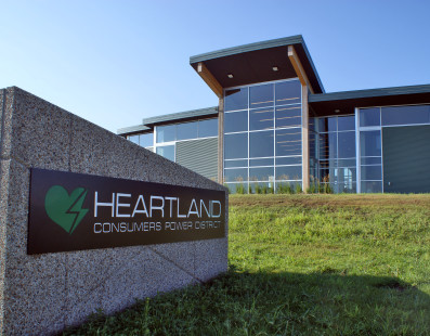 Two Heartland employees earn service awards