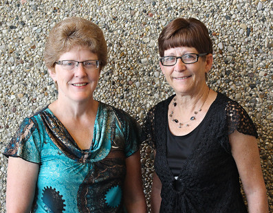 Lewis and Fedeler celebrate anniversaries with Heartland